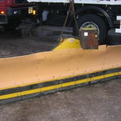 FULLY HYDRAULIC, BUNCE, 10ft SNOW PLOUGH EX ARMY RESERVE, NOT EC .