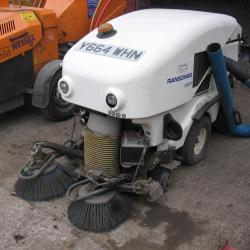 RANSOMES TEXTRON PATHWAY 1200 DIESEL SWEEPER .