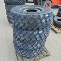 1 NEW 335 80 R20 tyre NEW UN USED .